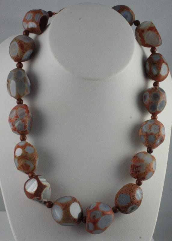 brown-necklace