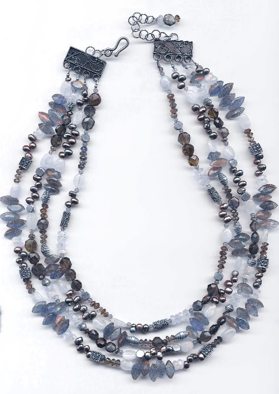 four-strand-blue-tone-necklace
